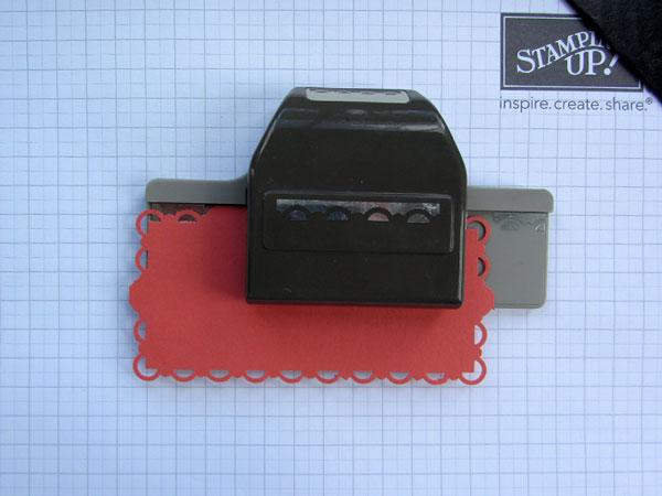 scallop border trim