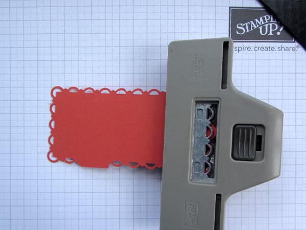 scallop trim border reverse