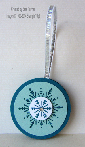 many merry stars ornament