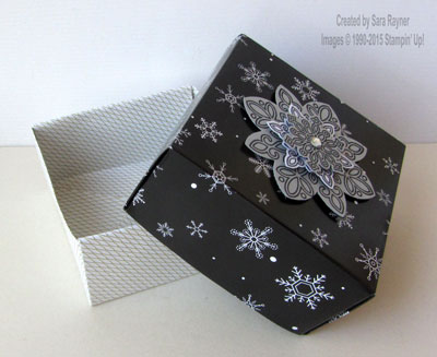 origami flurry box open