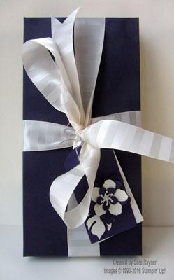 botanicals gift wrap